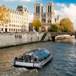 Rondvaart over de Seine. Par